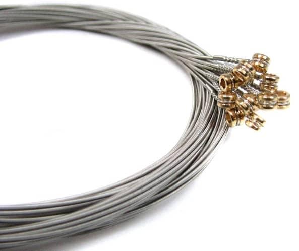 Stainless steel guitar strings